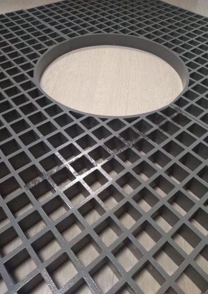Стеклопластиковые приствольные решетки